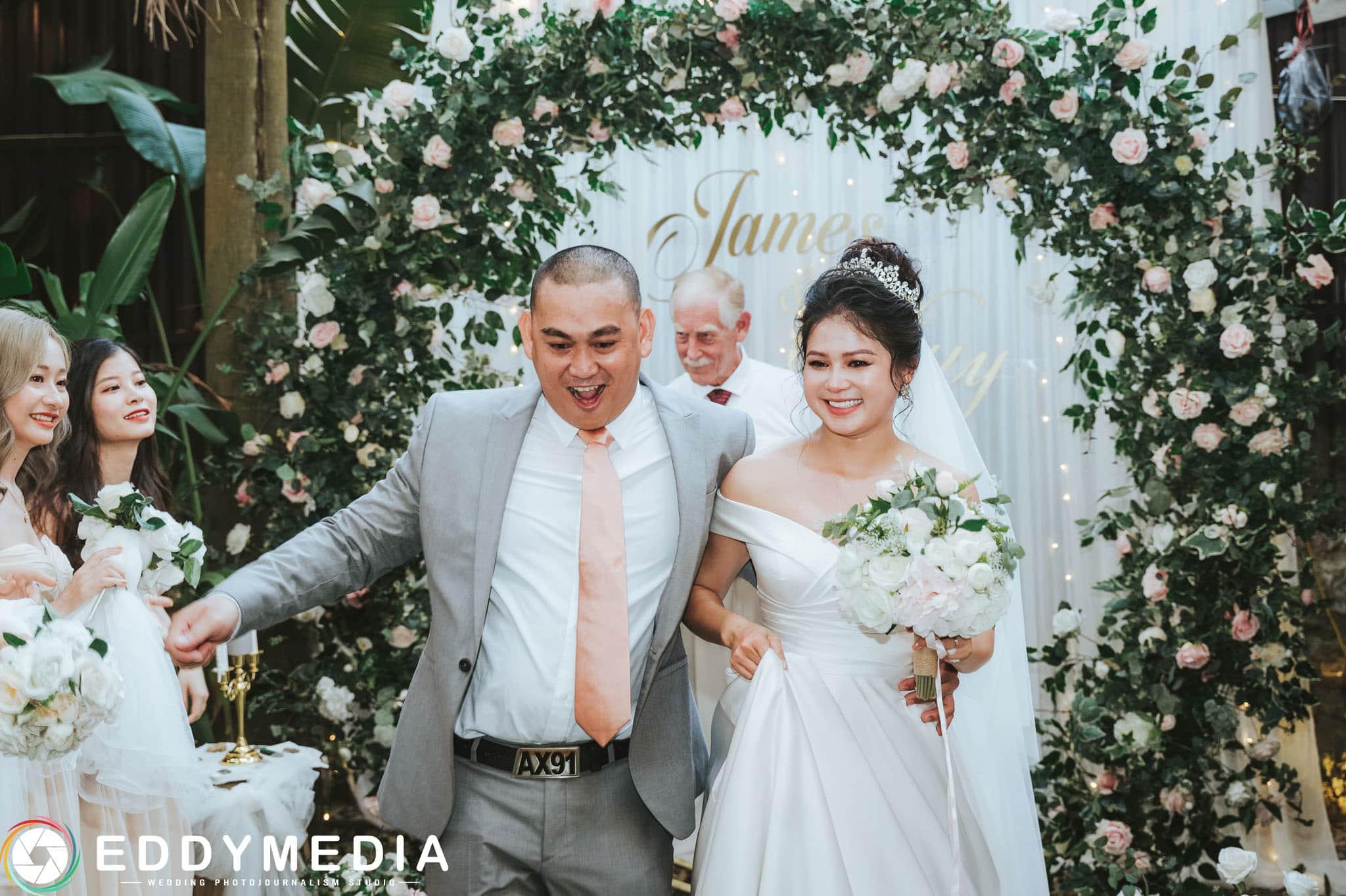 Phongsucuoi James KieuThuy EddyMedia 41 tiệc cưới ngoài trời