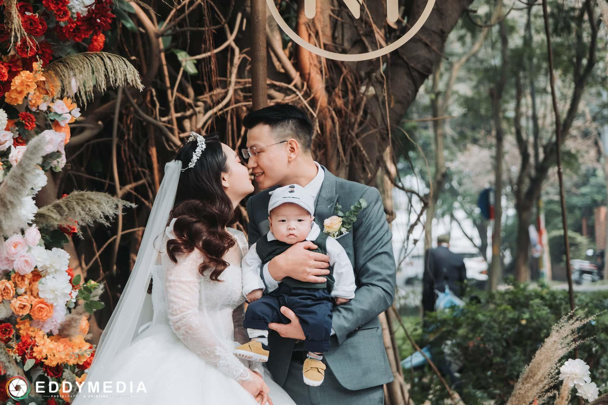 cưới trước 30