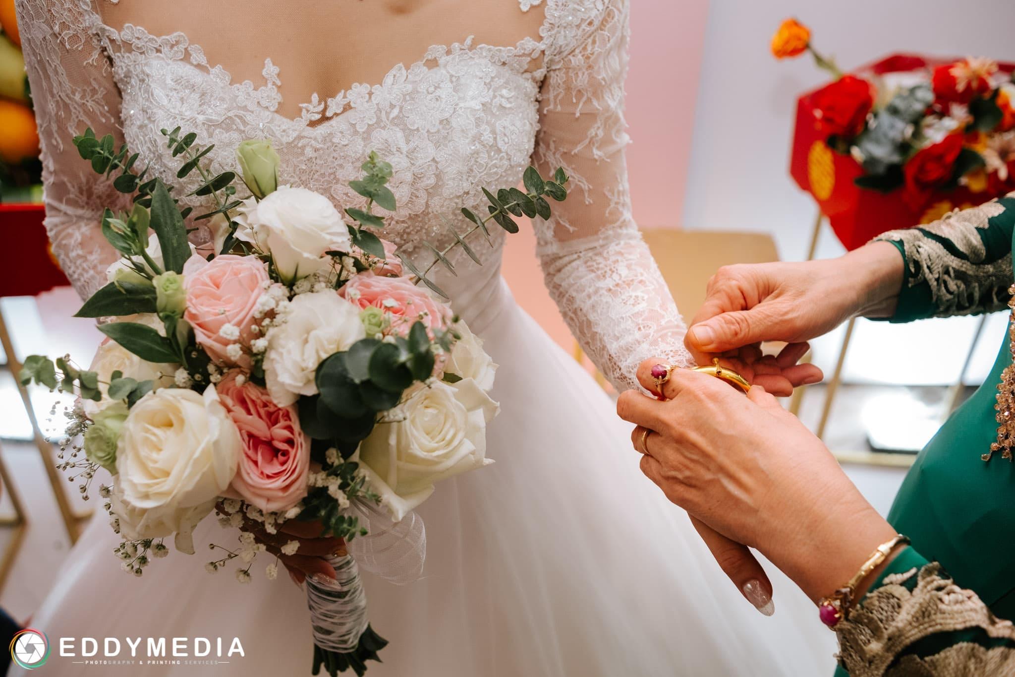 đám cưới nên tặng gì